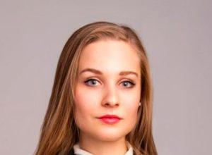 Анна Можарова