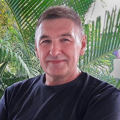 Олег Вайднер